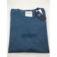Camiseta Abercrombie & Fitch - Tam: G, GG