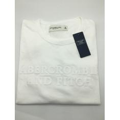 Camiseta Abercrombie & Fitch - Tam: M, G